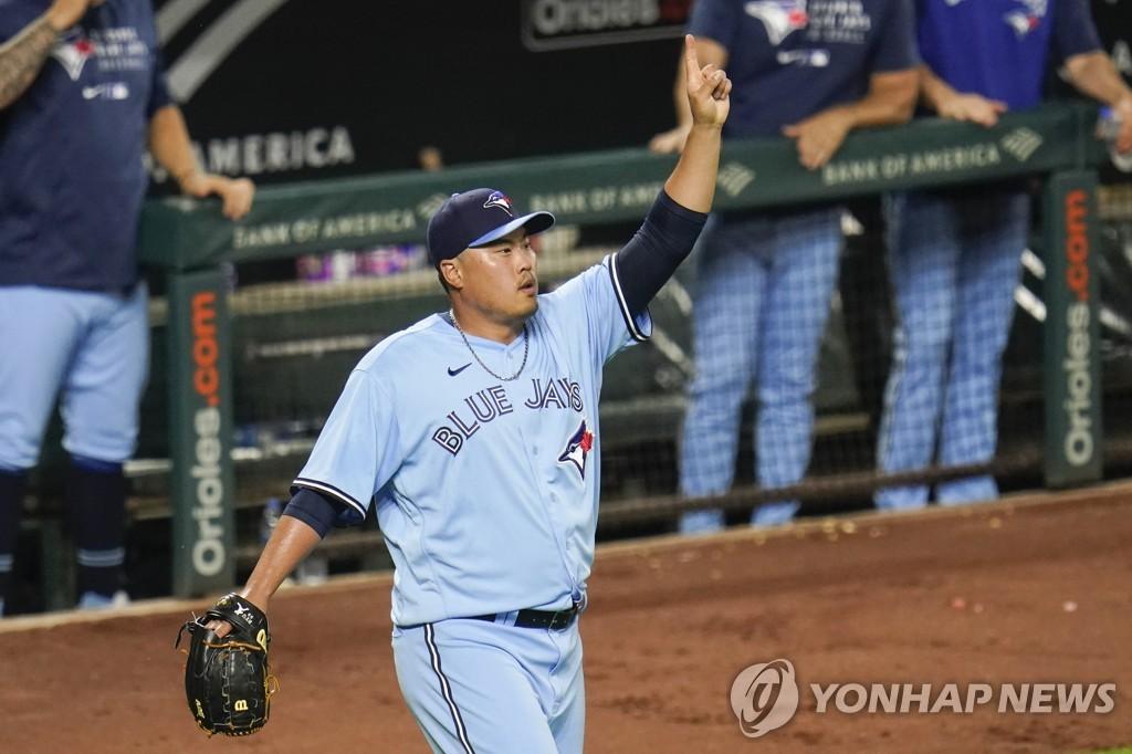 류현진, 볼티모어전 승리…전반기 8승 5패 ERA 3.56으로 마감(종합)