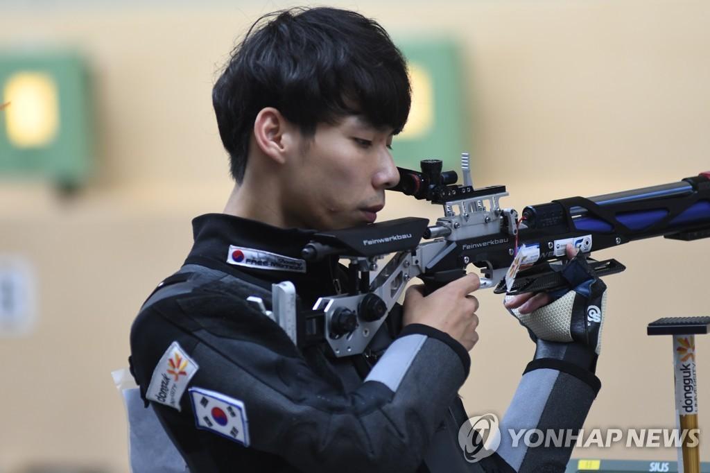 """[올림픽] 사격 대표팀 새내기들 """"실망하긴 일러…혼성 남았다"""""""