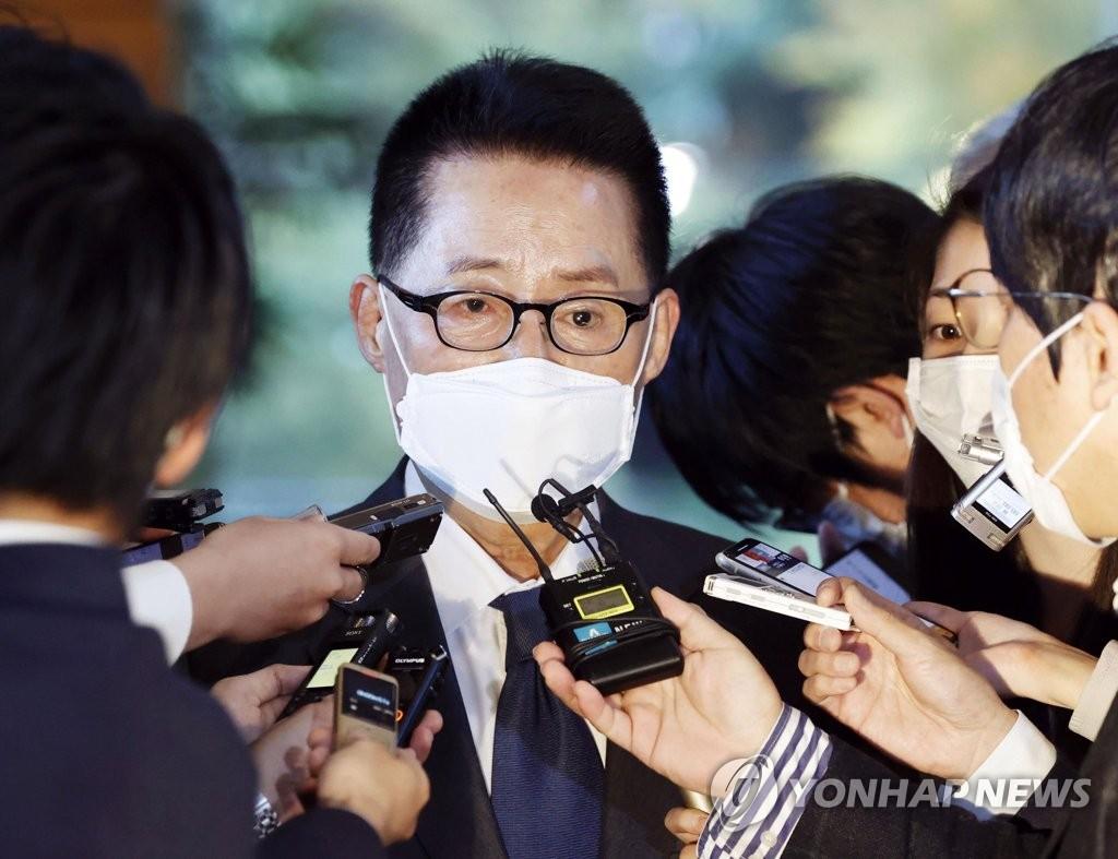 박지원 1년…국정원 개혁 마침표에도 북핵·사이버안보 과제 산적