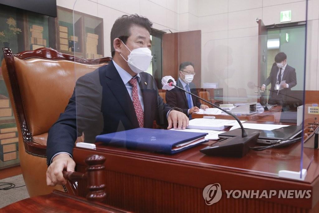 '최대 5배 손배' 언론중재법 상정…문체위 논의 본격화