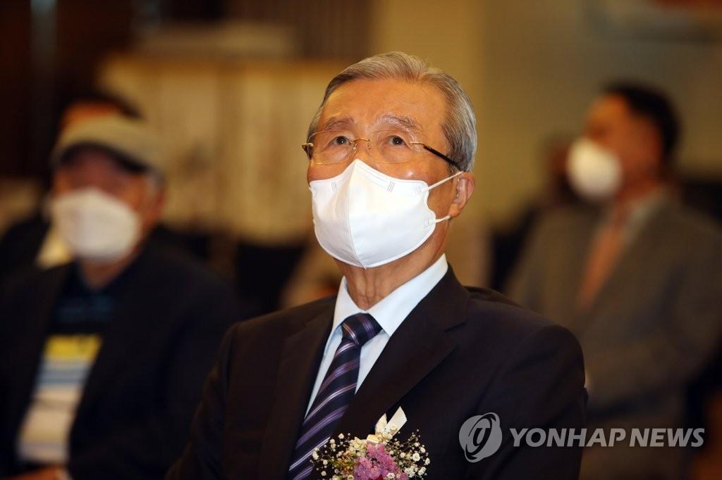 김종인, 尹 입당 질문에 코웃음…'막판 단일화' 예상