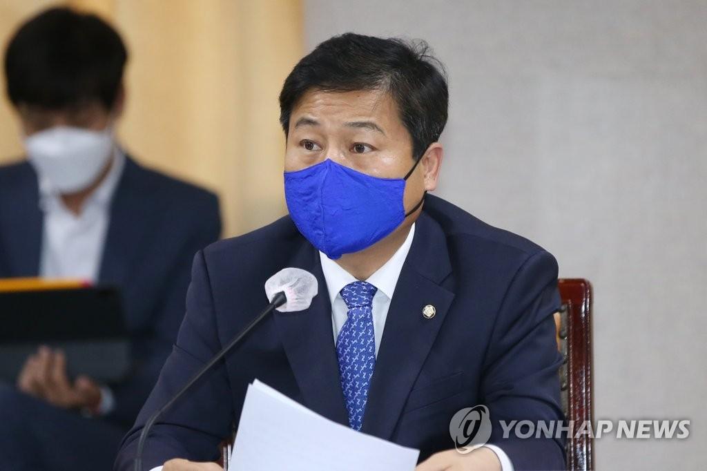 """민주, '대통령 몸통론'에 """"탄핵부정 동맹 총집결"""""""