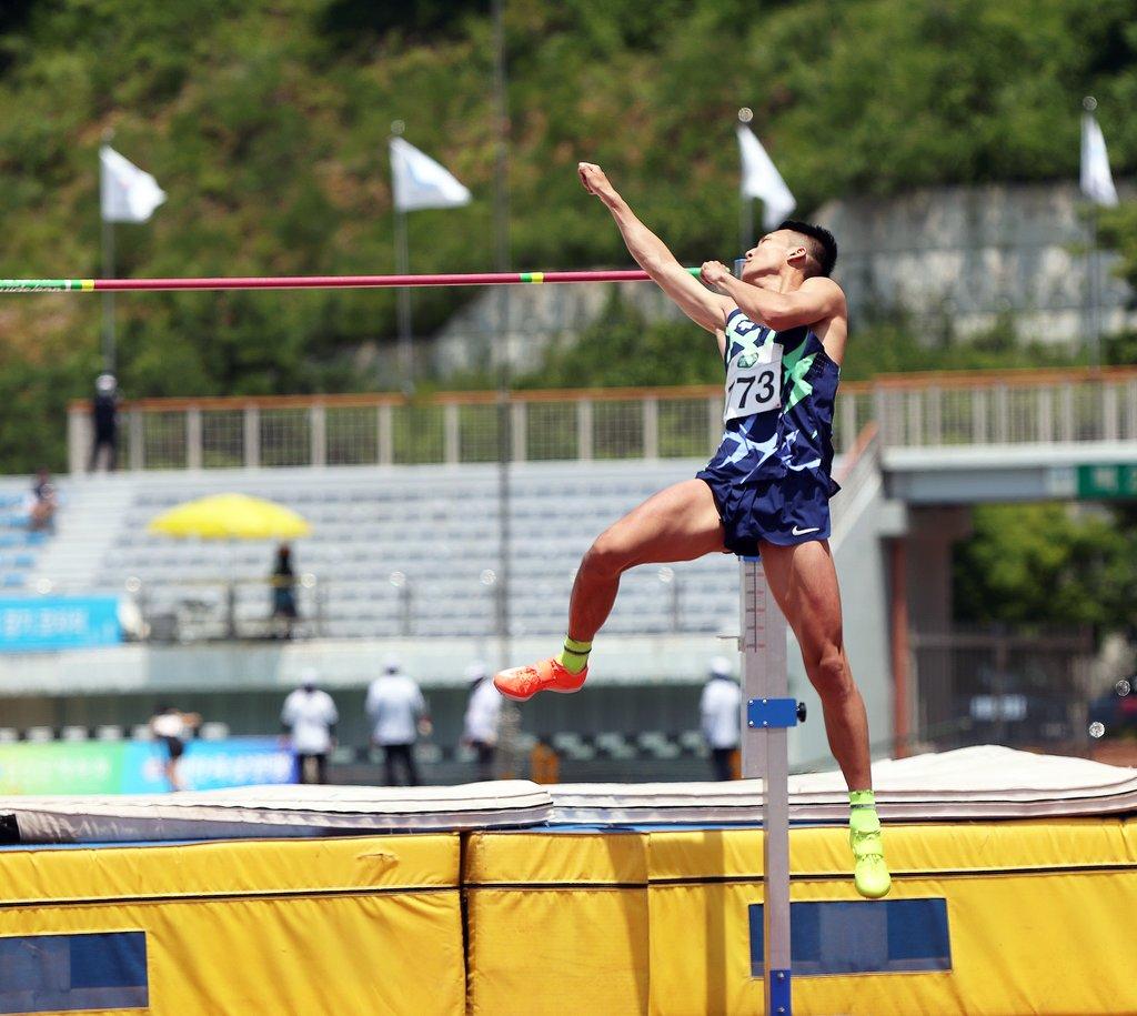 [올림픽] 육상 우상혁 30일·진민섭 31일, 결선 진출 위해 점프