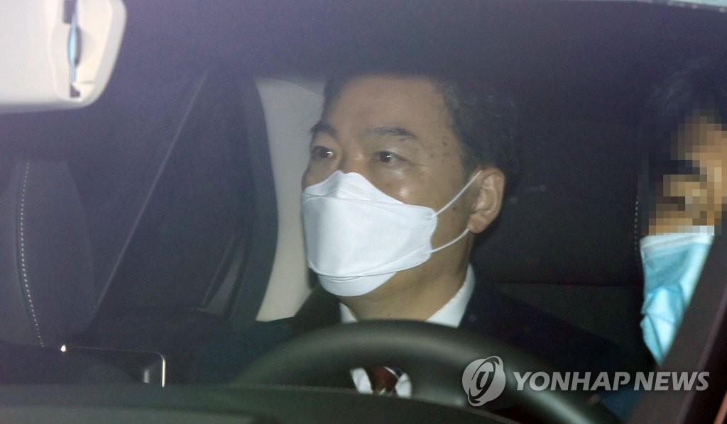 '윤석열 검증대' 된 檢수사…총장 수사지휘 공백 우려도