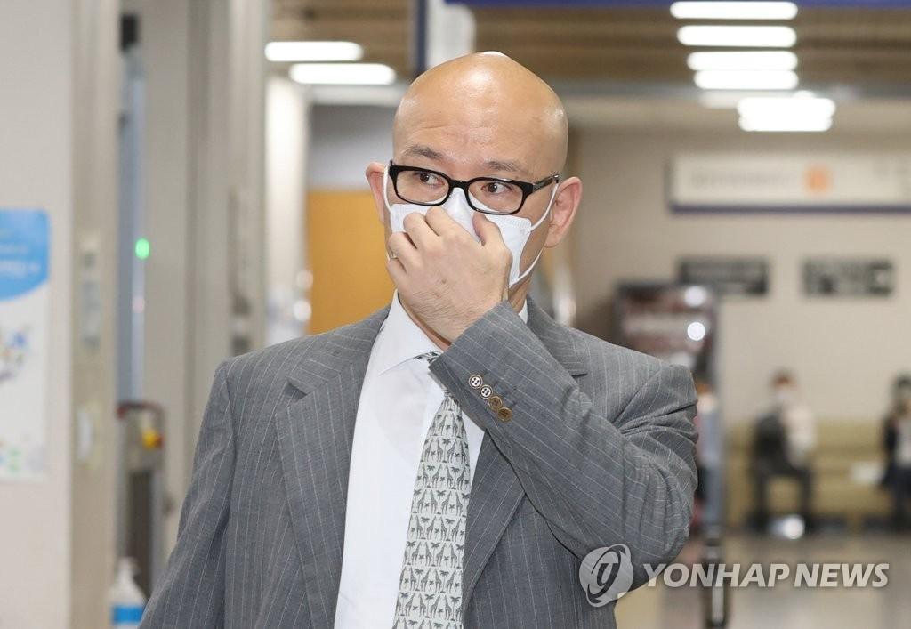 [2보] '개인회사 부당지원' 이해욱 DL회장 1심 벌금 2억원