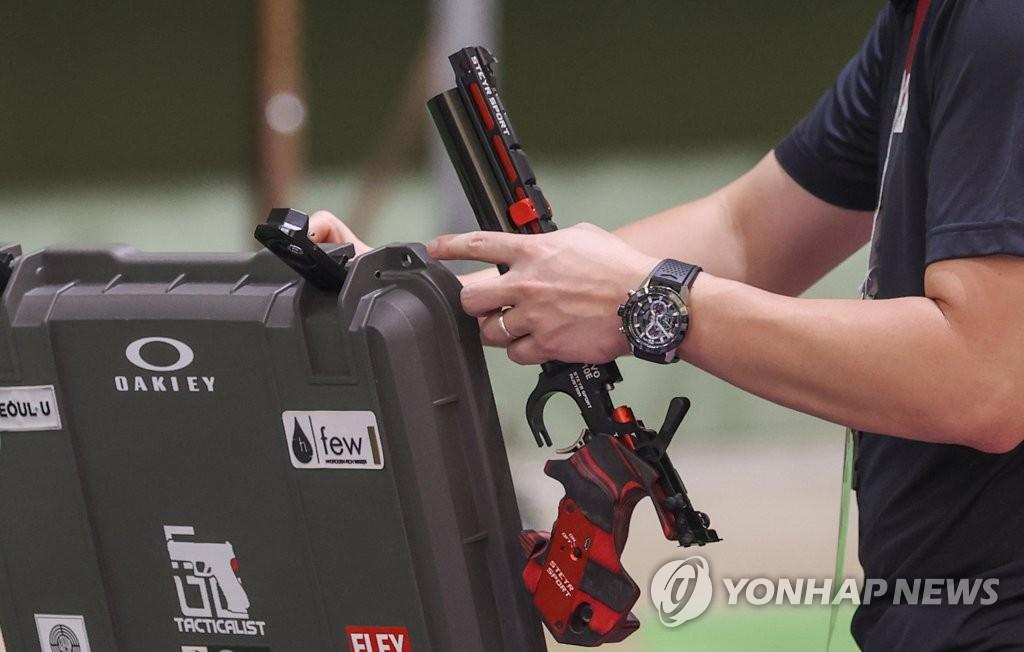 [올림픽] 새 역사에 도전하는 진종오 '빨간 총'의 비밀