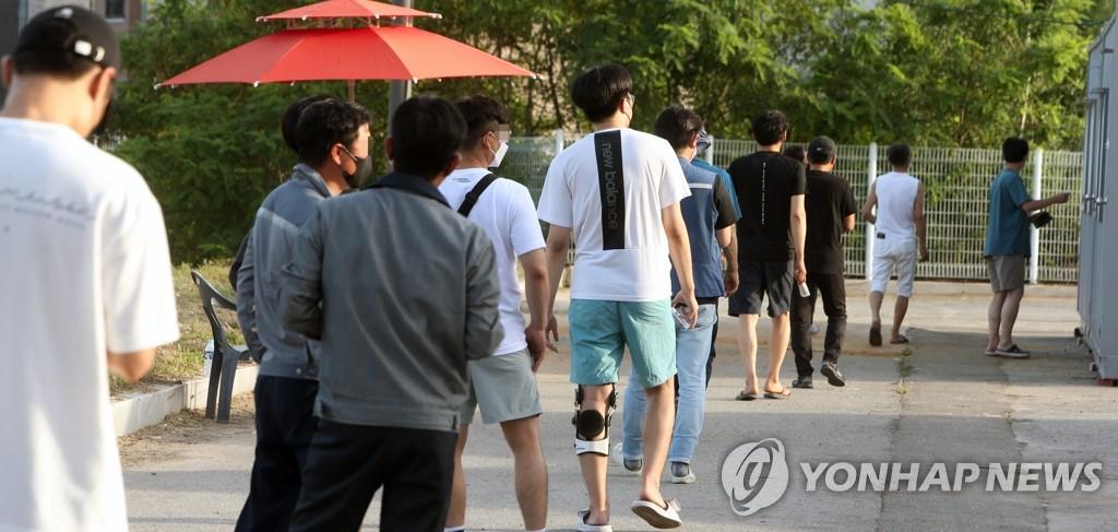 '강원 61명' 역대 두 번째로 많아…3단계로 낮춘 강릉 26명 확진