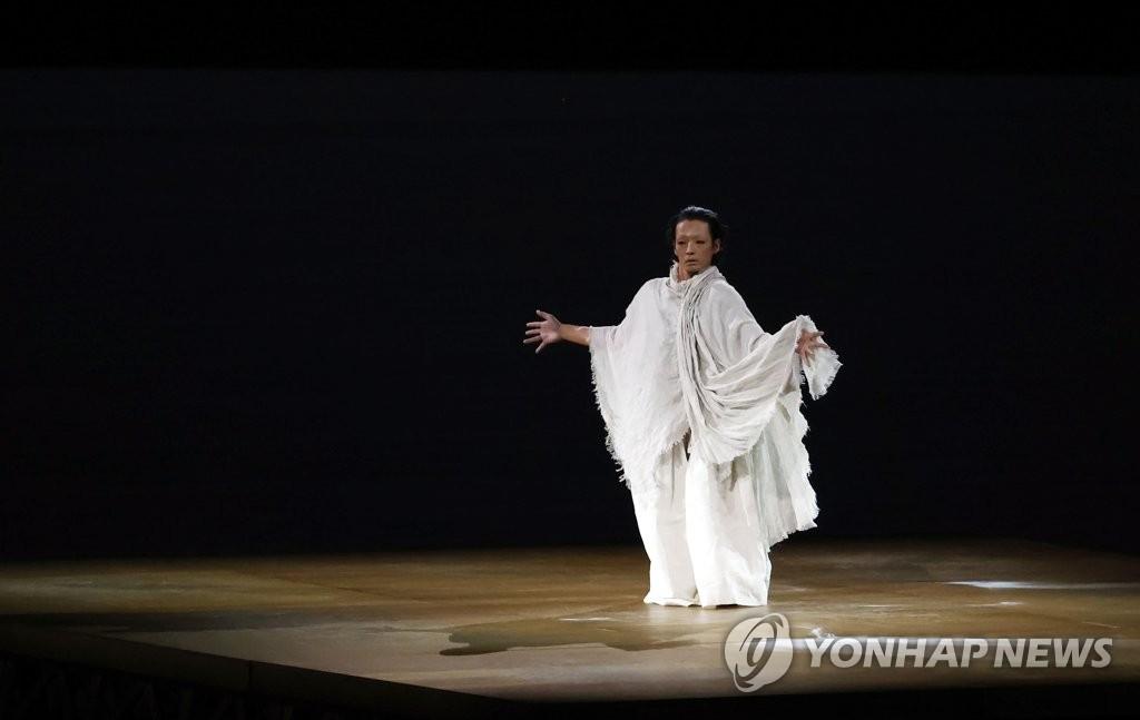 """[올림픽] """"장례식장 같았다""""…해외 팬들 '역대 최악' 개회식 평가"""