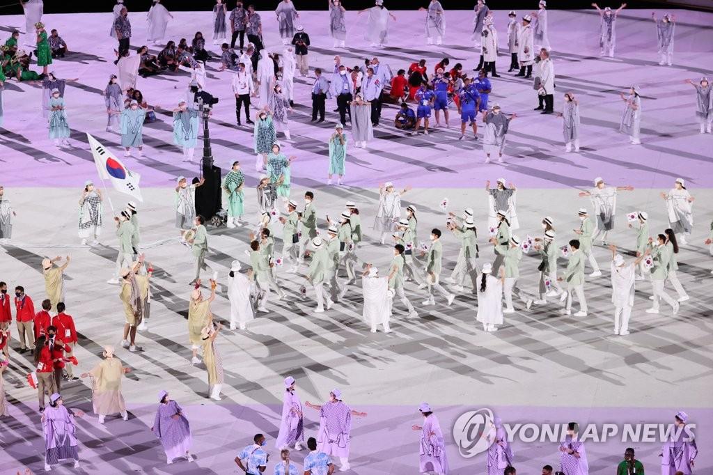 코로나 시대 첫 스포츠 제전 2020 도쿄올림픽 '혼돈의 개막'