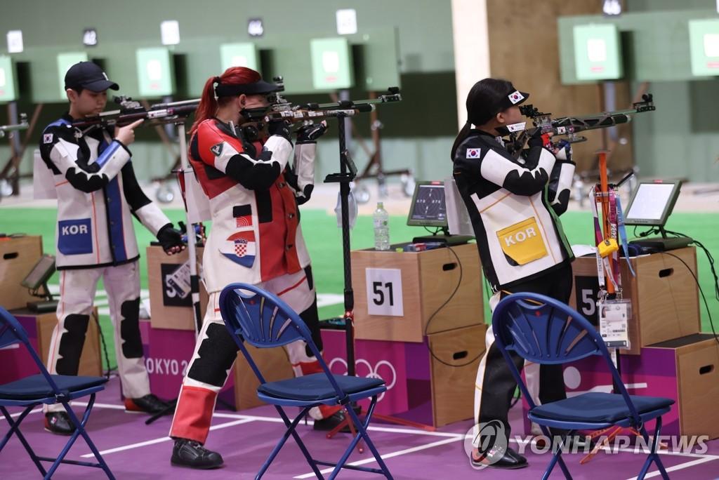 -올림픽- 2번의 슛오프 접전…권은지, 여자 10m 공기소총 7위(종합)