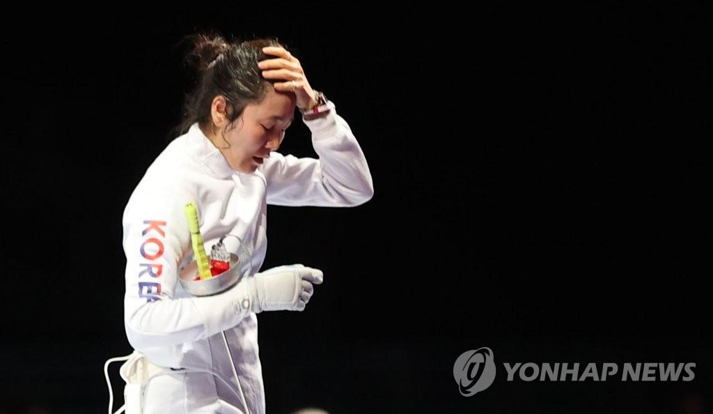 -올림픽- 펜싱 여자 에페 최인정·강영미, 개인전 32강서 덜미