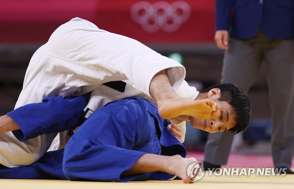 -올림픽- 유도 간판 안바울, 1라운드 압도적인 한판승…8강 진출