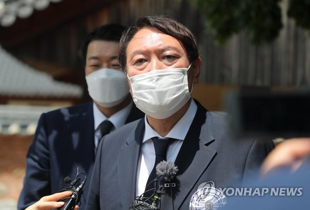 尹측, 이낙연 부인 '그림 판매' 의혹 제기