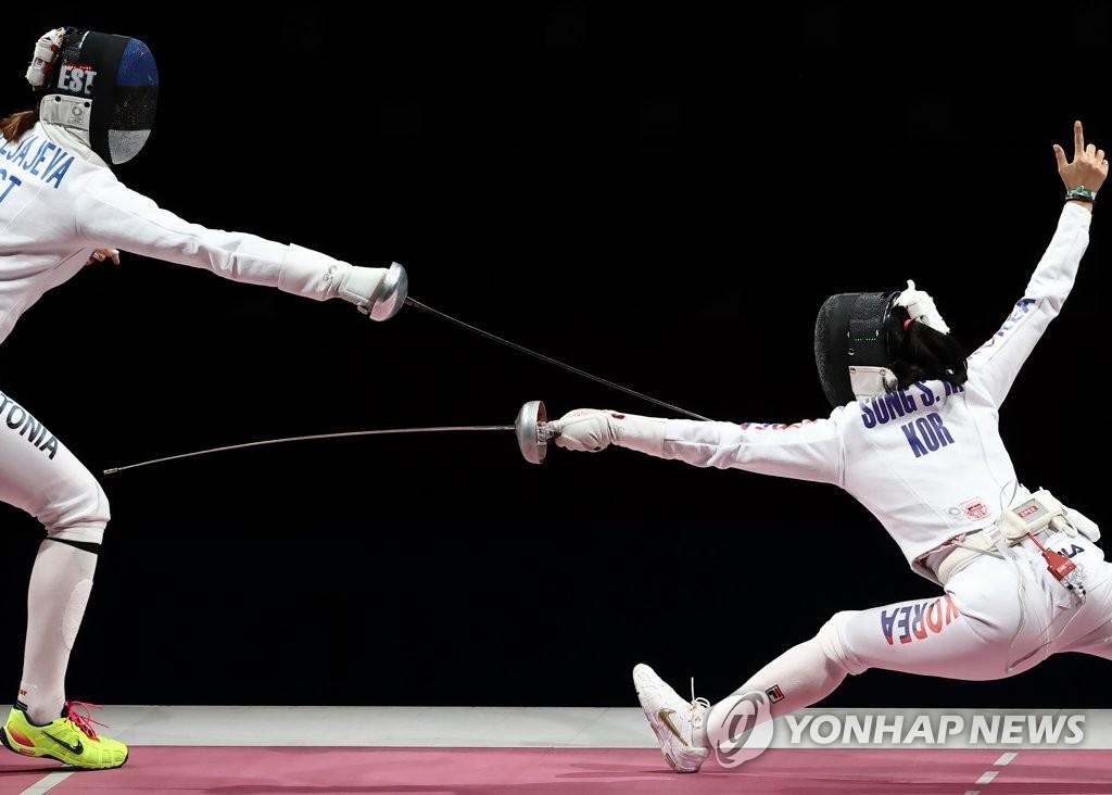 -올림픽- 한국 펜싱 여자 에페, 런던 이후 9년 만에 단체전 은메달(종합)