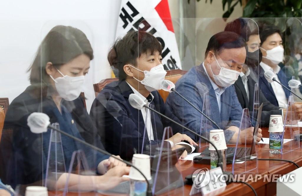 """野, 이재명에 """"언론 재갈물리기가 盧정신?…비겁하다"""""""
