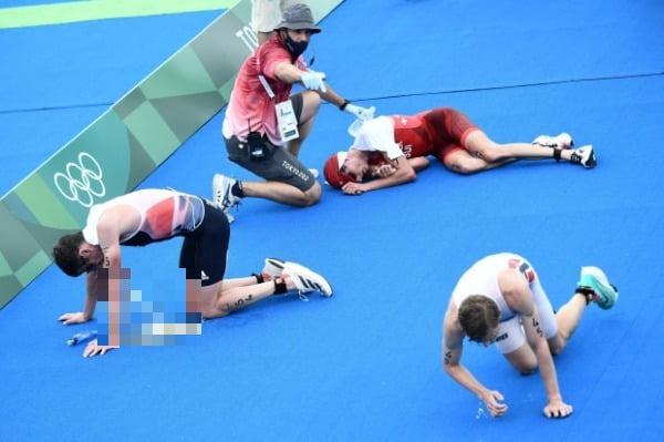 2020 도쿄올림픽 트라이애슬론 경기를 마친 선수들/사진=AFP