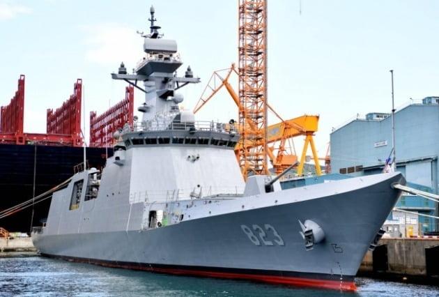 해군이 지난 5월 경남 거제시 대우조선해양 옥포조선소에서 거행한 진수식에서 공개된 신형 호위함 5번함인 '대전함'. 대전함은 울산급(FFX) 신형 호위함 배치-Ⅱ 5번함이다./ 해군 제공