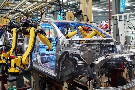 중국의 대표 로봇기업 '팡더로봇'이 자동차 제조공정에 투입한 로봇. KOTRA 제공
