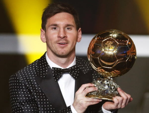 2013년 1월 FIFA 발롱도르를 수상한 리오넬 메시의 모습. 그는 발롱도르 역대 최다(6회) 수상자다. 로이터연합뉴스