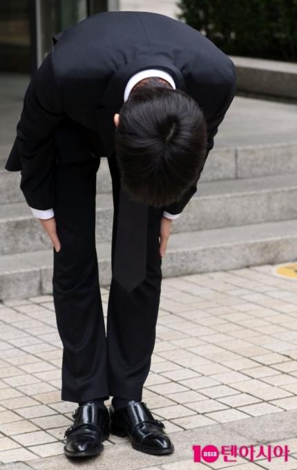 """'마약 혐의 인정' 비아이, 징역 3년 구형 """"기회를 달라"""" 선처 호소 [종합]"""