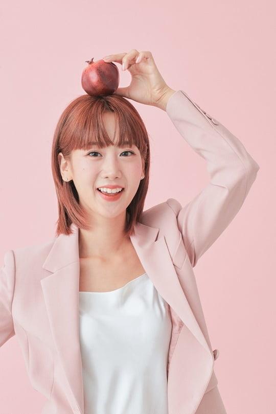 '트롯 다람쥐' 강혜연, 광고 촬영 사진 대방출 '과즙미 폭발'