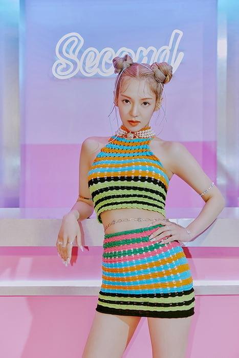 효연(HYO), 신곡 'Second' 티저 이미지 공개…힙&스타일리시 매력 시선 집중