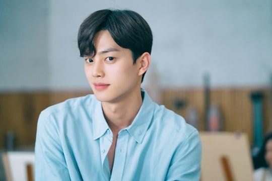 송강 (사진=비욘드제이, 스튜디오N, JTBC스튜디오)