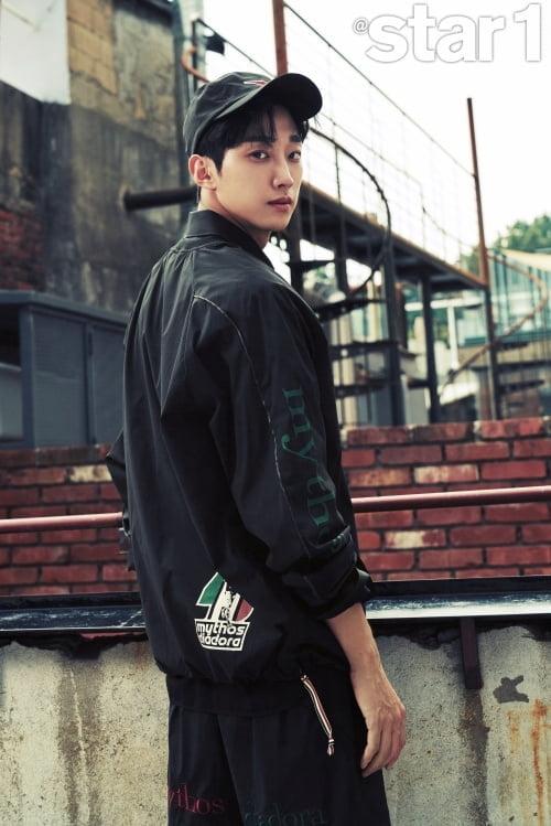 """'경찰수업' 진영 """"가수와 배우 두 분야서 제대로 두 마리 토끼 잡고파"""" [화보]"""