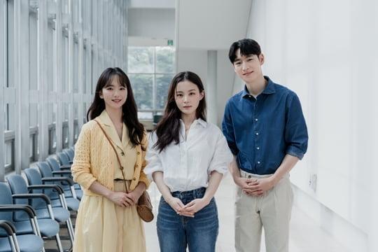 이제훈X원진아, 이하이 정규앨범 타이틀곡 'ONLY' MV서 호흡…27일 공개