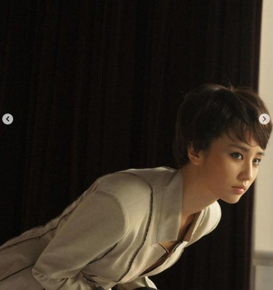 """'류수영♥' 박하선, 숏컷+스모키 화장까지 """"10년전 용기 없어 못 올려"""" [TEN ★]"""