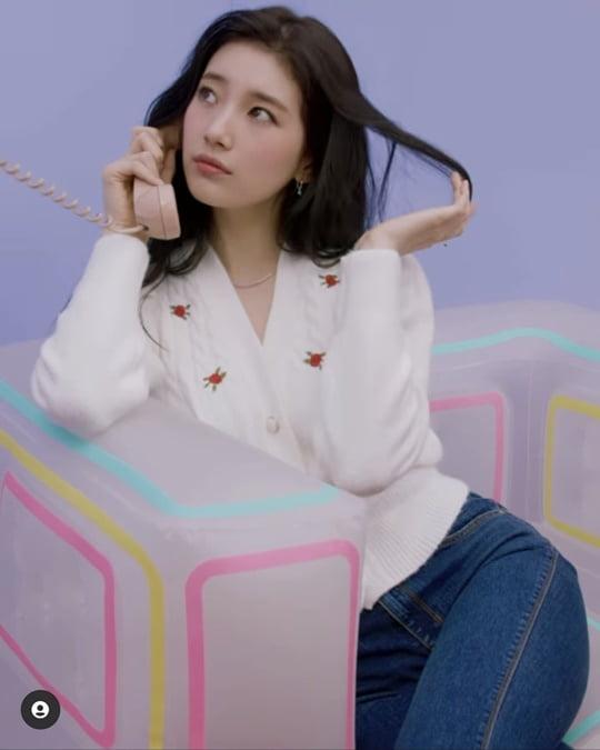 수지, 데님 패션도 완벽 소화하며 '미모 열일' [TEN ★]