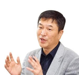 """진승현 랩지노믹스 대표 """"15분 내 감염 여부 알 수 있는 키트 만들 것"""""""