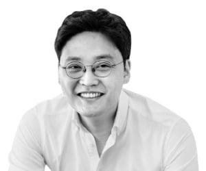 """토스의 파격…""""송금 수수료 평생 무료"""""""