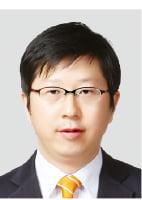 2차전지 소재 매출·영업이익 '전기차 시대' 타고 질주