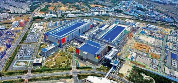 주요 반도체 생산시설이 있는 삼성전자 경기 평택 캠퍼스 전경.  삼성전자 제공