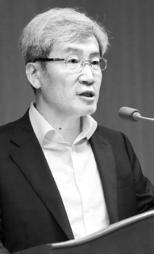 """고승범 """"코인거래소 신고 기한 연장 안돼"""""""