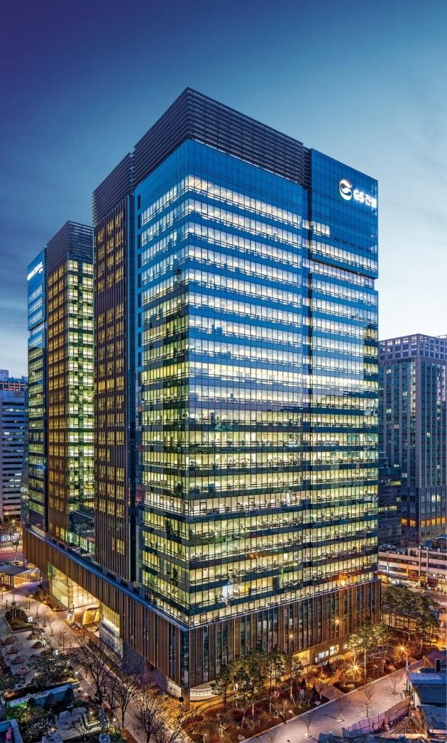 서울 종로에 위치한 GS건설 사옥. 출처: 한국경제신문