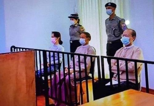 """총선 미루고 쿠데타 수장 총리로…""""미얀마 군부 장기집권 야욕"""""""