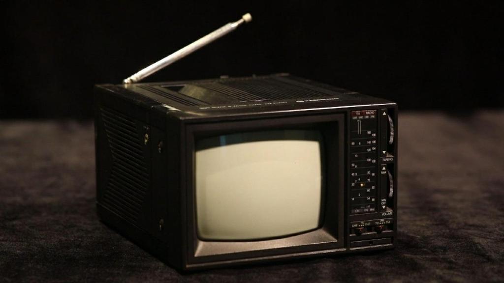 '옛 창문형 에어컨, 휴대용 흑백TV'…삼성 임직원 기증품 전시