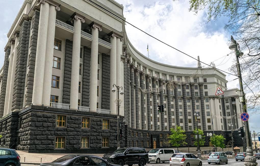 우크라 정부청사에 수류탄 무장 괴한 침입…폭파 위협하다 체포