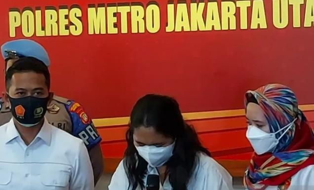 인도네시아도 '빈 주사기' 접종 논란…간호사, 눈물로 사과