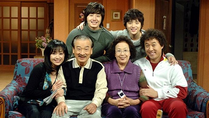'거침없이 하이킥' 출연진, MBC '다큐플렉스'서 14년 만에 재회