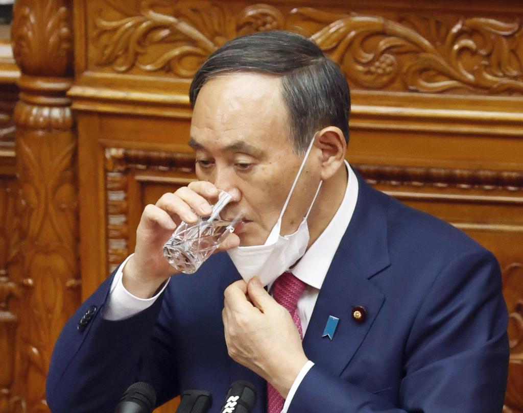 """선거 연패로 궁지 몰린 스가 日총리…""""스스로 물러나야"""""""