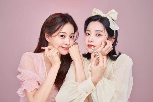 김민영(아옳이), 이현주./사진제공=로아르