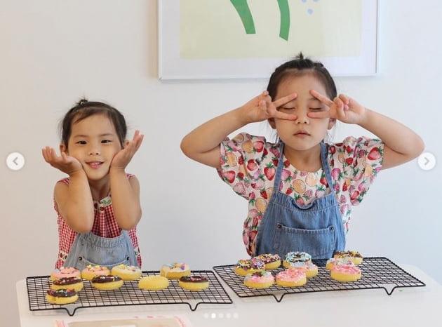 '기태영♥' 유진, 로희&로린 오늘 우리집 요리사...엄마가 제일 많이 먹은 건 안 비밀[TEN★]