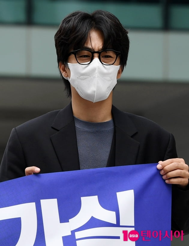 [TEN 포토] 구교환 '훈훈한 비주얼'