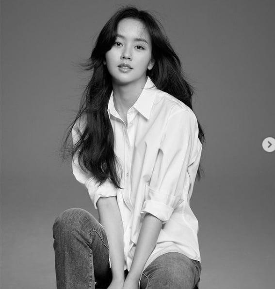 """김소현, """"앞으로도 좋은 배우 될게요""""...데뷔 13주년 ♥︎♥︎[TEN★]"""