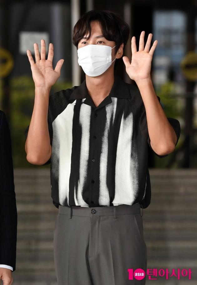 [TEN 포토] 이광수 '이선빈이 반한 극강의 남친美'