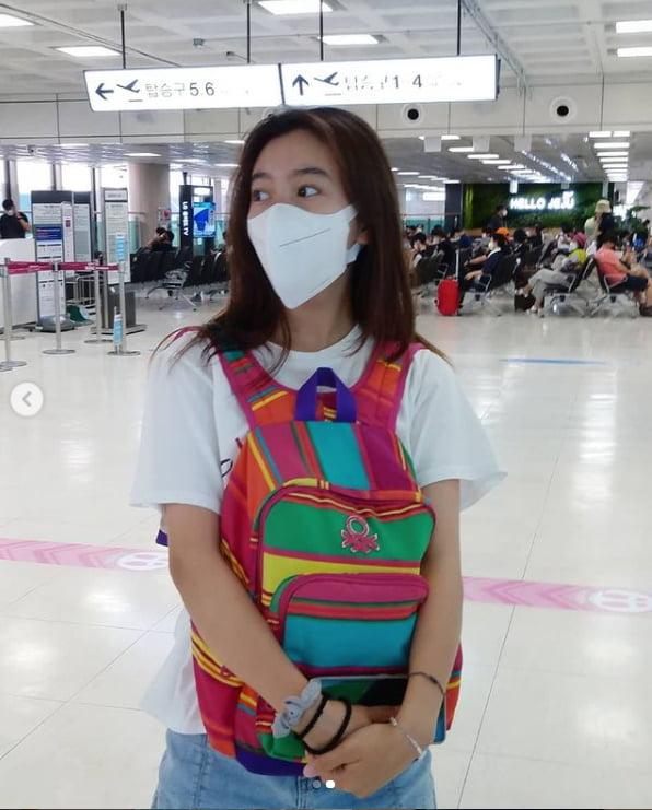 갈소원, 류승룡 아빠가 선물해 주신 가방...아직도 초등학교 시절 가방을 멘다[TEN★]