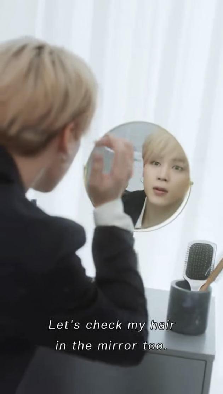 """""""셀카 같이 찍을래요?""""…'현실 남친' 방탄소년단 지민, 日 유명인 랭킹 트위플 1위"""